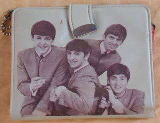 VINTAGE BEATLES WALLET/COIN HOLDER JOHN LENNON PAUL MCCARTNEY HARRISON