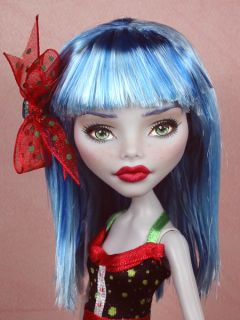Julia   OOAK 1/6 Ghoulia Monster High custom repaint by Ellen Harris 3