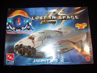 Lost in Space Jupiter 2 Model Kit 1998 AMT Ertl Movie Space SHIP
