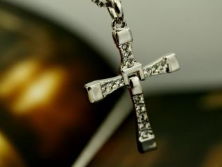 Hot The Fast and The Furious Dominic Torettos Cross Pendant 26 Chain