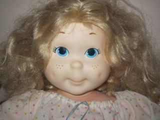 1986 80s Playskool Hasbro My Buddy Kid Sister Blonde Doll 21