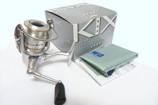 Daiwa Freams Kix 2000 Spinning Fishing Reel New in Box