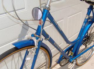 Vintage Womens Ladies Schwinn World Tourist 3 Speed Road Bike Very
