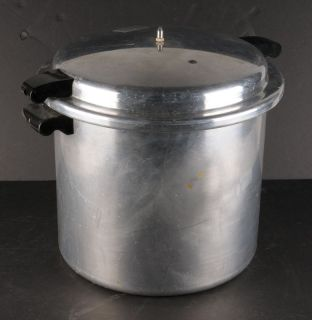 Vintage Mirro Matic Large Aluminum 22 Quart Pressure Cooker Canner M