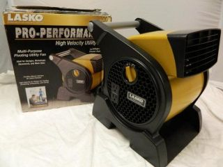 Lasko 4900 Pro Performance Blower Fan 2 210 Volts Outlets 4900 Yellow