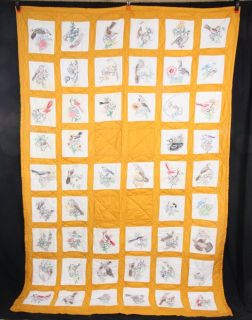 L471P Vtg Yellow Quilt Hand Embroidered 50 USA State Birds Blocks