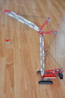 Lego Technic Crawler Crane 8288 Retired and Complete 800 Pieces