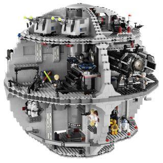 BRAND NEW SEALED LEGO STAR WARS DEATH STAR 10188   3803 PCS   25 MINI