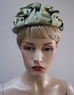 Vintage Ladies Lovely Green Hat Norman Paulvin 1236