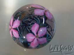 Pretty David Lotton Art Glass Pink Clematis Paperweight