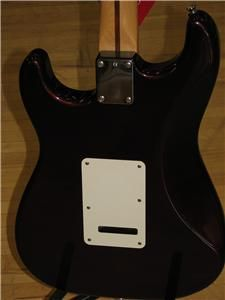 Fender Mexi Stratocaster Wine Color Nice