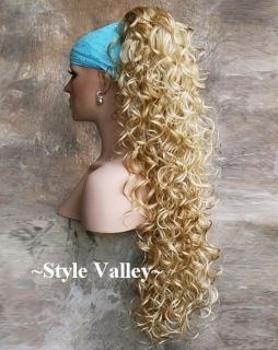 Extra Long Blonde Mix Ponytail Hairpiece Extension Clip in Curly Hair