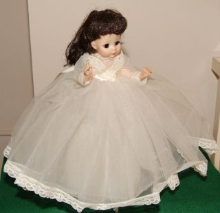 Vintage Madame Alexander Doll Bride 1965 13 1 2 Tagged Dress with