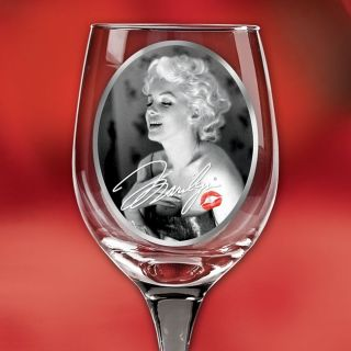 Marilyn Monroe Wine Glass Set with Photos Signature