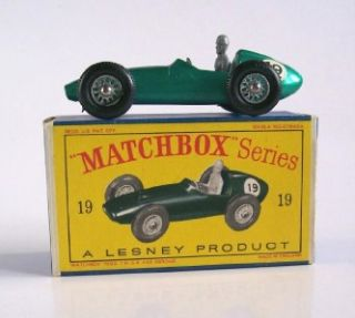 Matchbox Lesney 19c Aston Martin Racing Car 1962 MIB