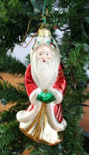 Old World Santa Claus Glass Christmas Tree Ornament