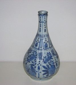 RARE Antique Chinese Porcelain Bottle Vase Wanli 17th C