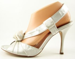 Maxstudio Scent White Satin Flower Womens Shoes Prom Wedding Shoes