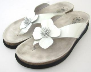 Womens Mephisto White Patent Leather Thong Sandals Size 8 38
