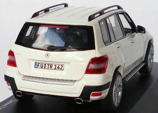 43 Mercedes Benz GLK SUV X204 calcitweiß white   Schuco   1 of 1000