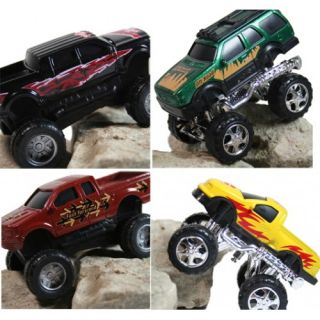 Monster Wheels 5 Piece Diecast Metal Play Set with Free Wheel Action
