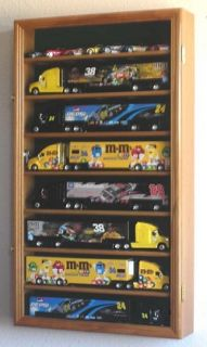 64 Scale Ho Wheels Semi Big Rig railer ruck Display Case Cabine