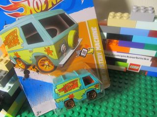 Hot Wheels Scooby Doos MYSTERY MACHINE diecast van vehicle   12 New