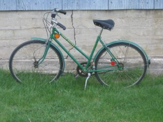 Vintage John Deere Womens Bike Green Color 3 Speed