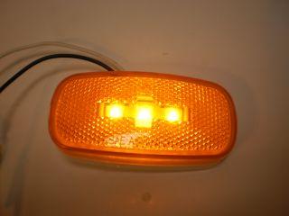 Jammy Marker CLEARANCE Light LED J 626 625 Amber 4x2 Reflex Lens