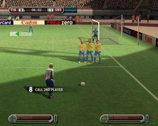 UEFA Euro 2008 Windows After a foul, you get a free kick.