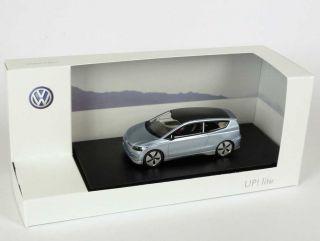 VW Studie Concept Car UP Lite eisblau blue Los Angeles 2009 1 of 300