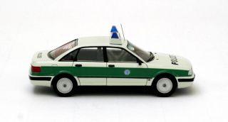 Audi 80 (B4) Polizei 1992 (Neo Scale 143 / 43353)