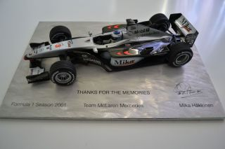 18 Minichamps Mika Hakkinen Team McLaren Mercedes MP4 16 2001 Box