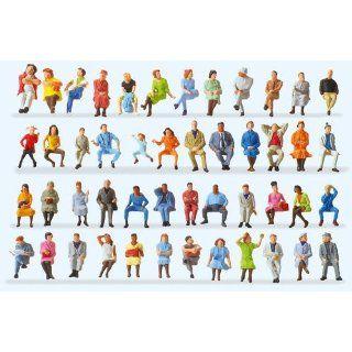 Preiser 14418 Sitzende Reisende. 48 Figuren Spielzeug