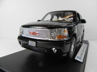 GMC YUKON DENALI schwarz,118 Modellauto,Welly,diecast