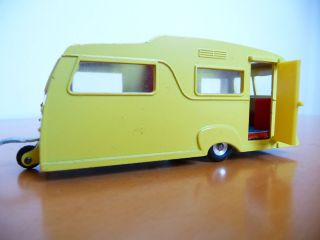 Dinky Toys #117 Four Berth Caravan with transparent Roof