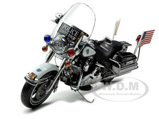 2007 HARLEY DAVIDSON ROAD KING POLICE UNITY TOUR 1/10