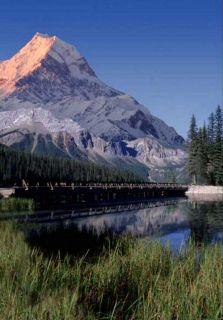 Fototapete LAKE 183x254 Rocky Mountains See Brücke Berg Berge Natur