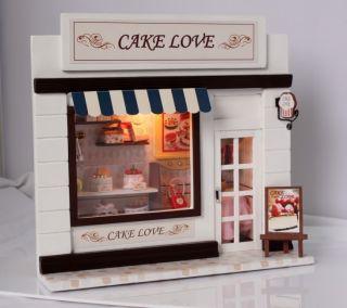 Puppenhaus Dollhouse Miniatur CAKE LOVE SHOP DIY Spielzeug Puppenstube