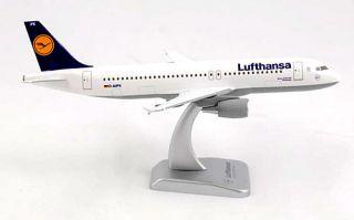 Lufthansa Airbus A320 200 1:200 Hogan Wings Modell A320 Wiesbaden mit