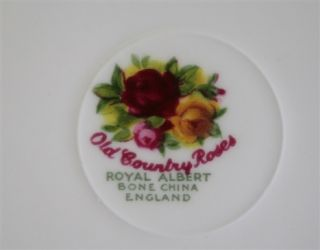 Royal Albert Old Country Roses Kaffeetasse + UT kleine Form