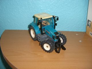 SIKU Farmer 132 , Fendt Farmer 412 Vario
