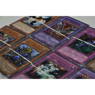 200 Yugioh Karten, seltene, Holos, Sammlung,Super/Ultra/Ultimate
