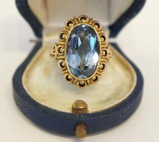 Antiker massiver 585//000 schwerer Gold Blautopas Ring A471