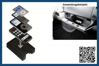 Sie erhalten eine original Mercedes Benz  iPod®/ iPhone