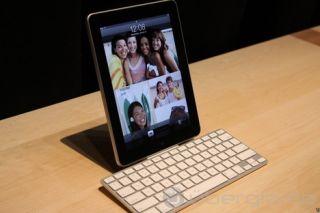 Apple iPad Keyboard Dock A1359 (MC533D/A) wireless Tastatur NEU