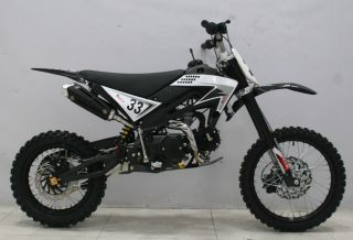 ICS CBF 33A Enduro Cross Dirt Bike 125CC/4Takt Schwarz