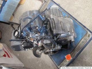 Aprilia Futura RSV1000 / RST1000 MOTOR KOMPLETT,25Tkm, siehe Foto,OK