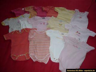 großes Kleiderpaket Baby Mädchen Gr. 74   86 Pullover Hosen Bodies