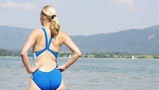 Nike Badeanzug Gr. 38 blau Sportbadeanzug Schwimmer